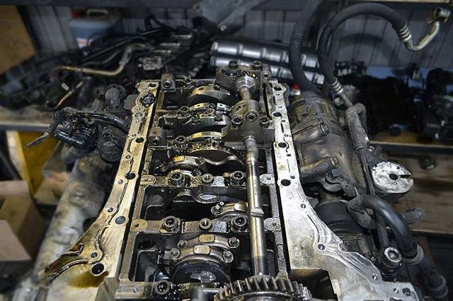 Ремонт блока цилиндров на Фольксваген Touareg II своими руками